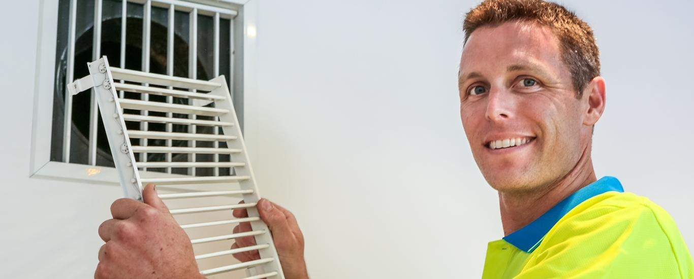 Make the right choice of home or commercial air conditioning in Adelaide; deal direct with Joe Cool's air conditioning specialists and save.